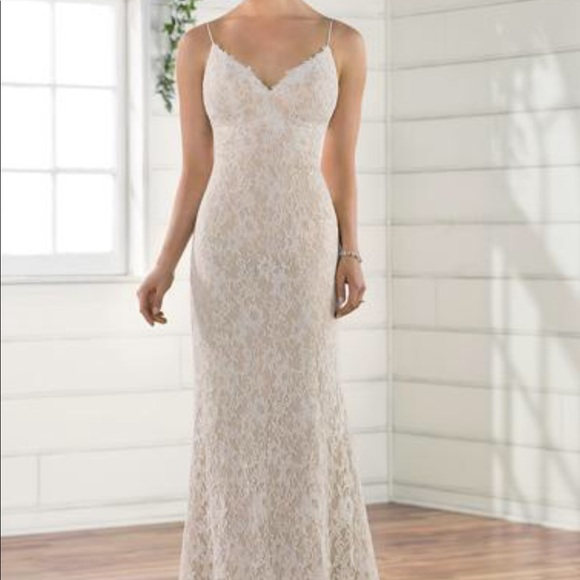 Dresses & Skirts - Essence of Australia Ivory Lace over Honey Gown